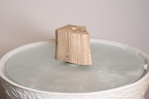 Holz  Brunnen