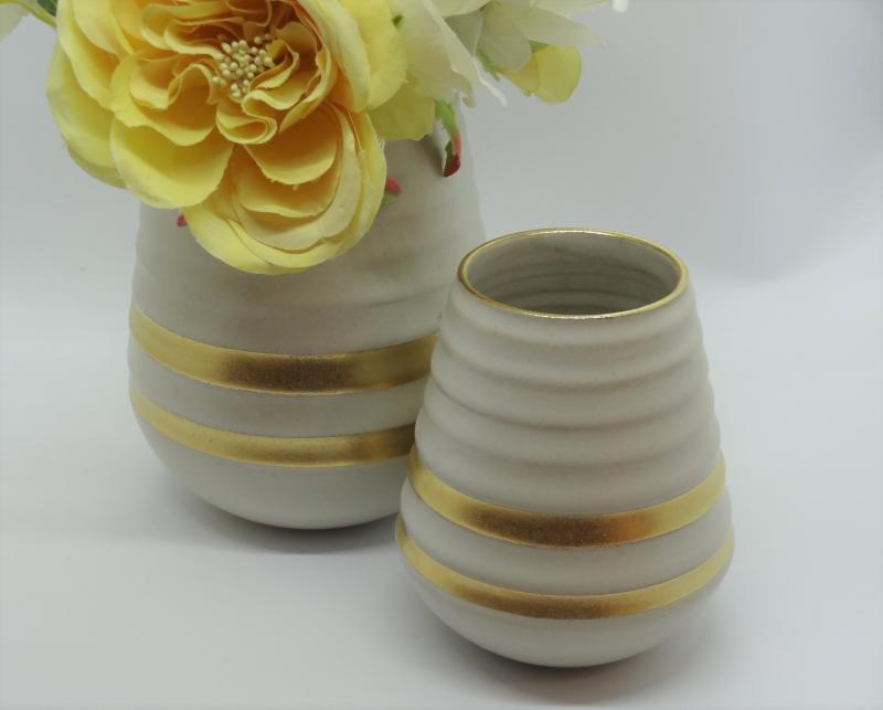 Konische Vase